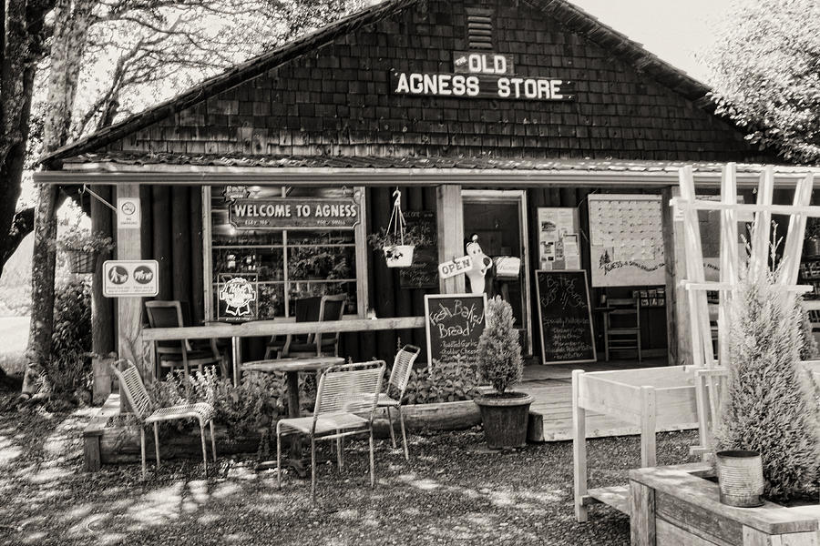Agness Photograph - Old Agness Store by Hugh Smith