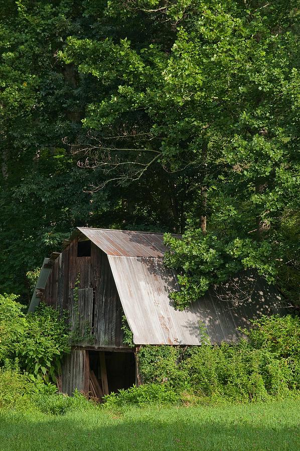 Old Barn Photograph - Old Barn. by Itai Minovitz