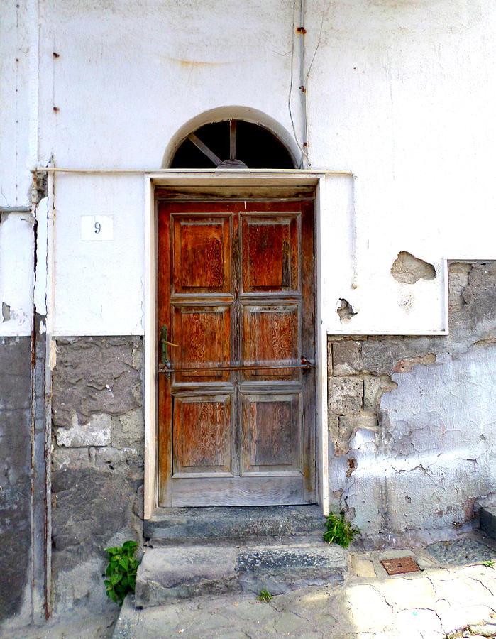 Sorrento Photograph - Old Door In Sorrento by Kristie Rocca