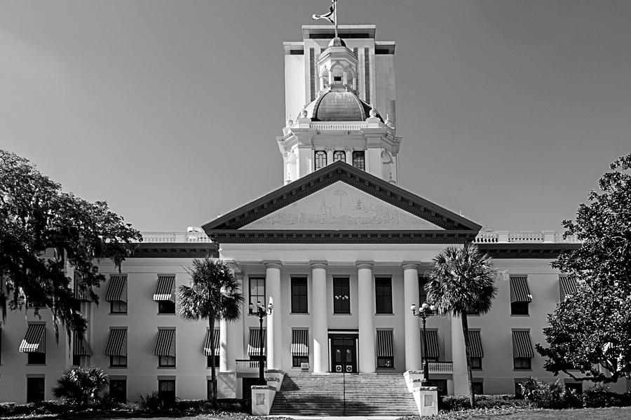 Florida Capitol Photograph - Old Florida Capitol In Black And White  by Frank Feliciano