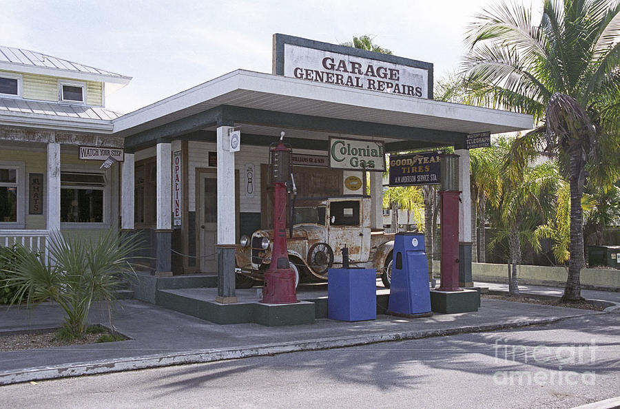 Garage Photograph - Old Gas Station In Everglades by Richard Nickson