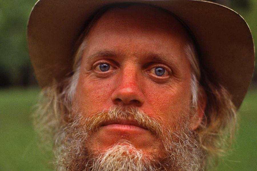 Tennessee Photograph - Old Geezer - 1 by Randy Muir