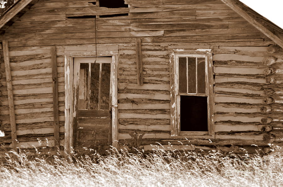 Old Buildings Photograph - Old Home In The Ozarks by Marty Koch