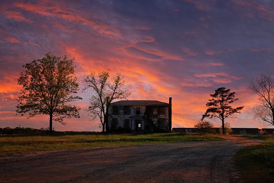 Old House At Sunset Photograph