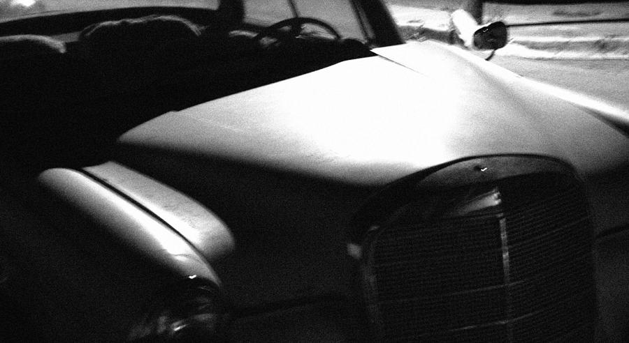 Black & White Photograph - Old Mercedes by Eduardo Hugo