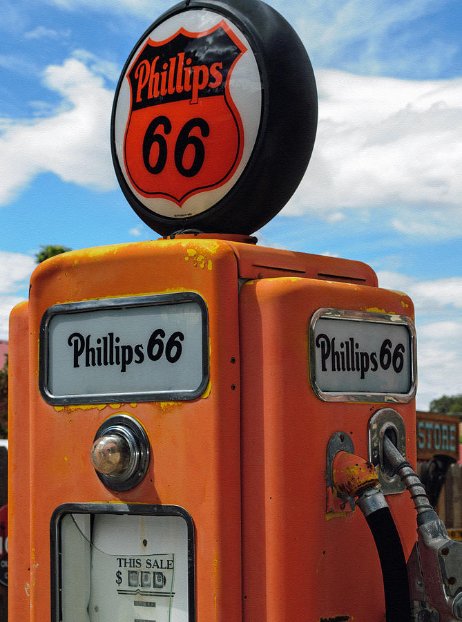 66 Photograph - Old Phillips 66 Gas Pump by Tikvahs Hope