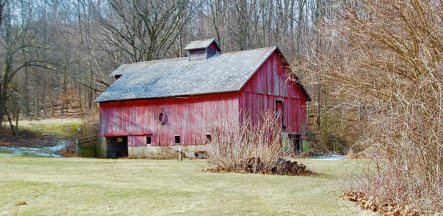 Old Red Barn Photograph by Jose Canales