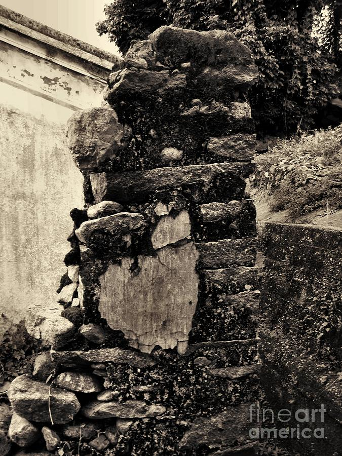 House Photograph - Old Stone by Kathy Daxon