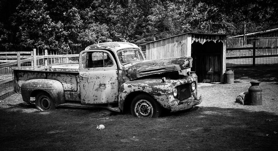 Old Truck by Shannon Kunkle