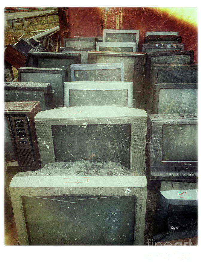 Tv Photograph - Oldnology  by Steven Digman