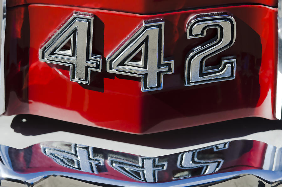 Oldsmobile 442 Muscle Car Emblem Photograph By Jill Reger