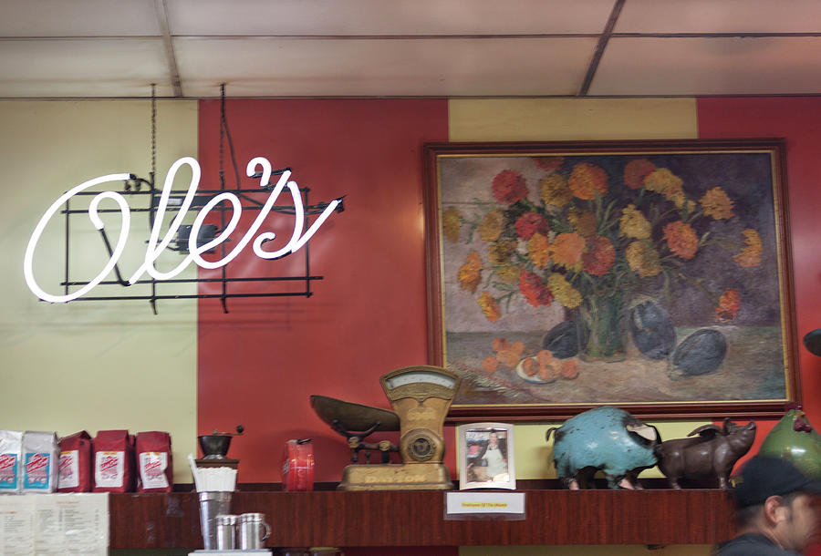 Photograph Photograph - Oles In Alameda by Suzanne Gaff