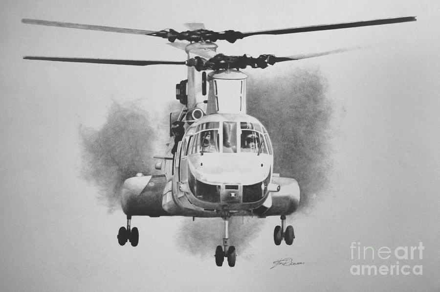 Ch-46e Drawing - On Approach by Stephen Roberson