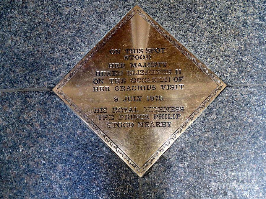 Plaque Photograph - On This Spot Stood Her Majesty by Ed Weidman