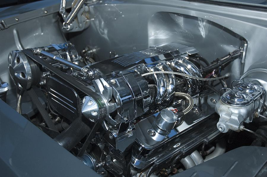 V8 Photograph - One Clean Machine by Richard Henne