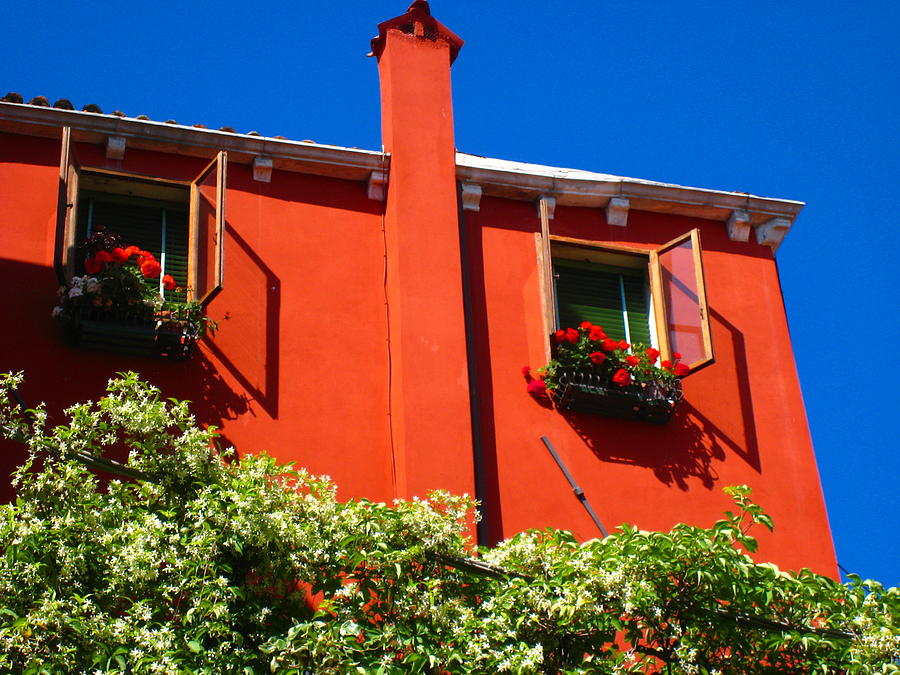 Orange Photograph - Orange House In Venice by Edith Ritter