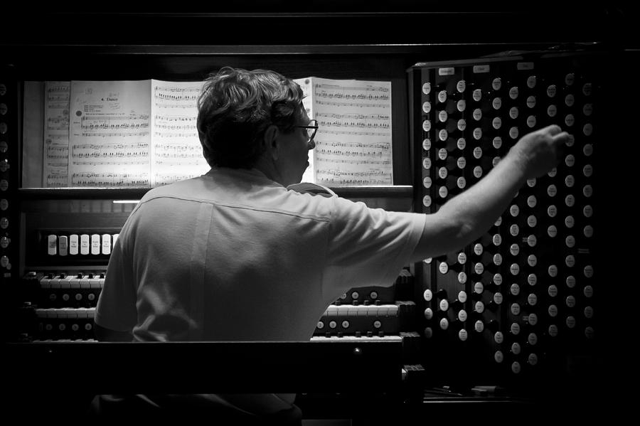 Organist rehearsing by Jenny Setchell