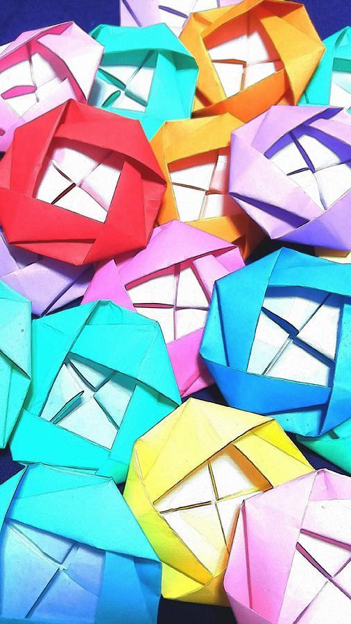 Roses Digital Art - Origami roses by Kumiko Izumi