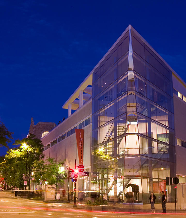 Madison Photograph - Overture Center On State Street In Madison Wisconsin by Michael Dykstra