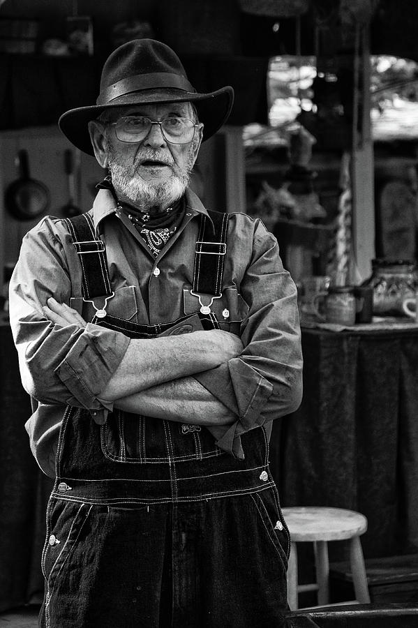 Ozark Mountain Citizen by Vinnie Oakes