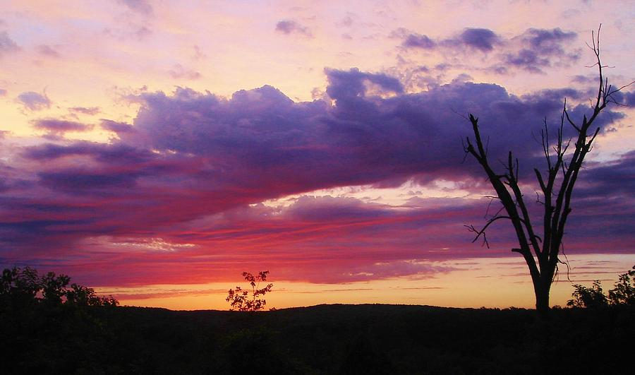 Skyglow When I See Sunset Like This In >> Ozarks Sunset Skyglow Photograph By Susan Schneider
