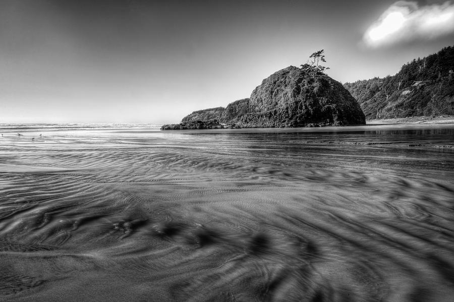 Bay Photograph - Pacific Coast Tide by Drew Castelhano