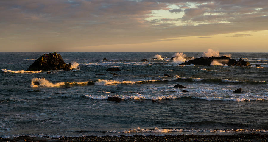 Pacific Ocean Photograph - Pacific Ocean After The Storm by TL Mair