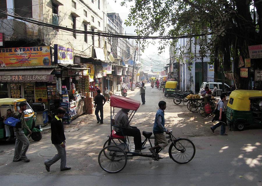 Pahar Ganj Photograph - Pahar Ganj Rickshaw by David L Griffin