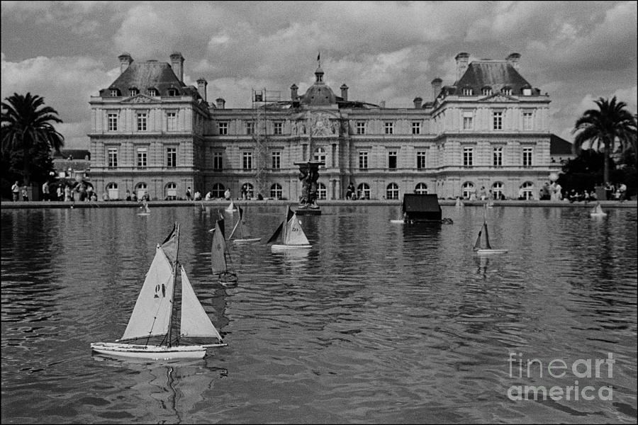 Jardin De Luxembourg Photograph - Palais de Luxembourg by Aldo Cervato