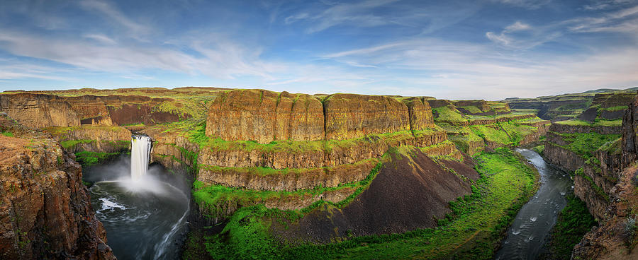 Palouse Falls Canyon by Dan Mihai