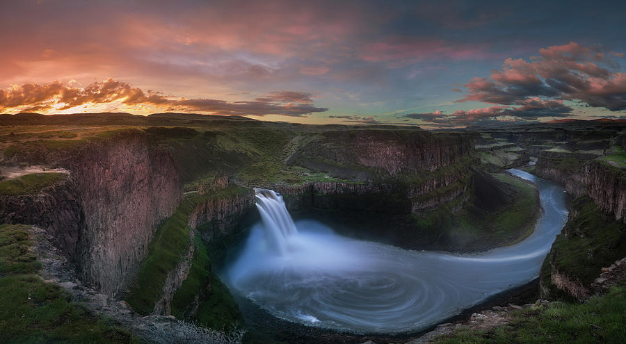 Palouse Falls Sunrise Photograph