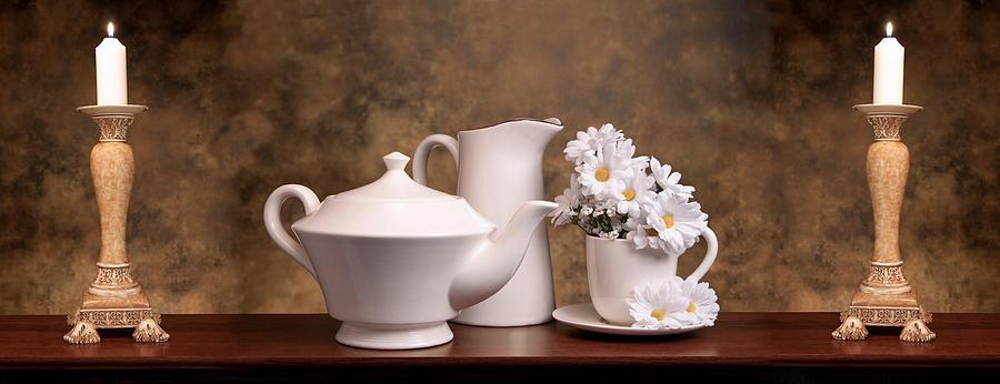 Still Life Photograph - Panoramic Teapot With Daisies by Tom Mc Nemar