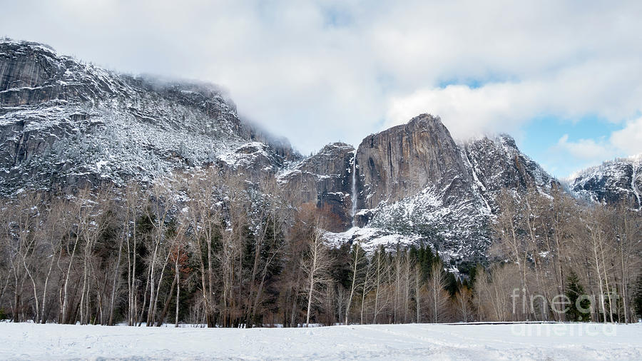 Bridge Photograph - Panoramic View Of Snowed Peaks In Yosemite Park With Snow On The by PorqueNo Studios