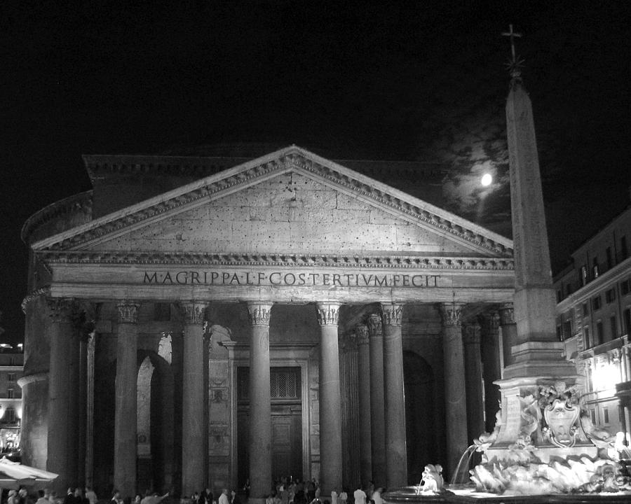 Italy Photograph - Pantheon Full Moon by Alan Zeleznikar
