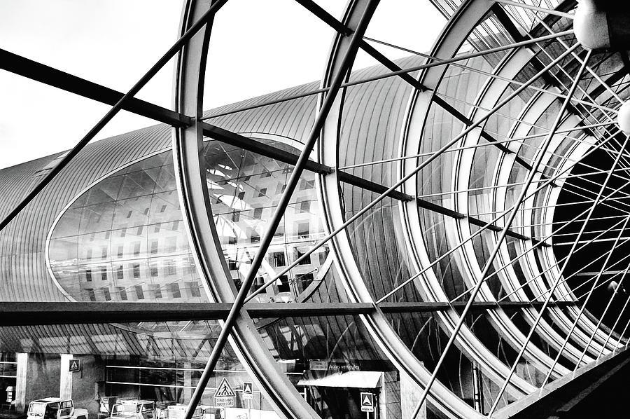 Paris Aeroport by Kaishin Chu