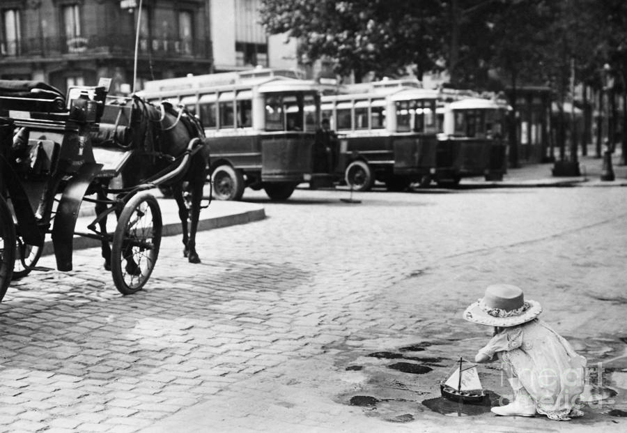 1920 Photograph - Paris: Boulevard De Clichy by Granger