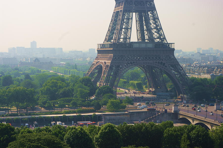 Horizontal Photograph - Paris Tour Eiffel 301 Pollution, Pollution by Pascal POGGI
