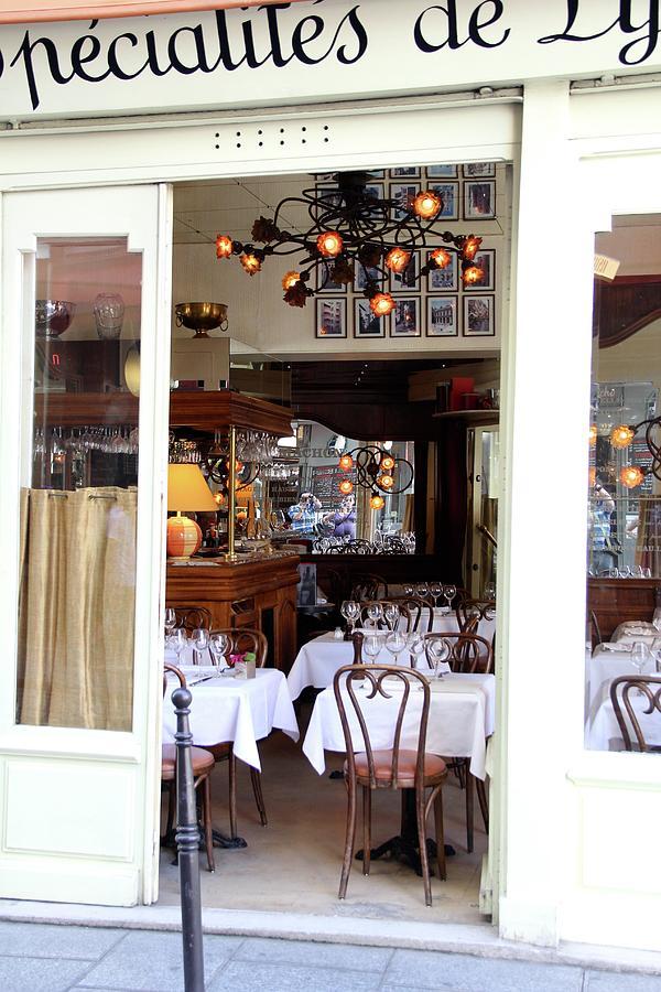 Paris Photograph - Parisian Dining by Sean Flynn
