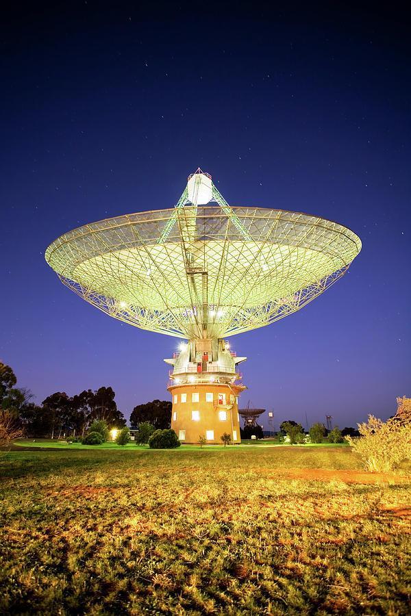 Vertical Photograph - Parkes Radio Telescope by Yury Prokopenko