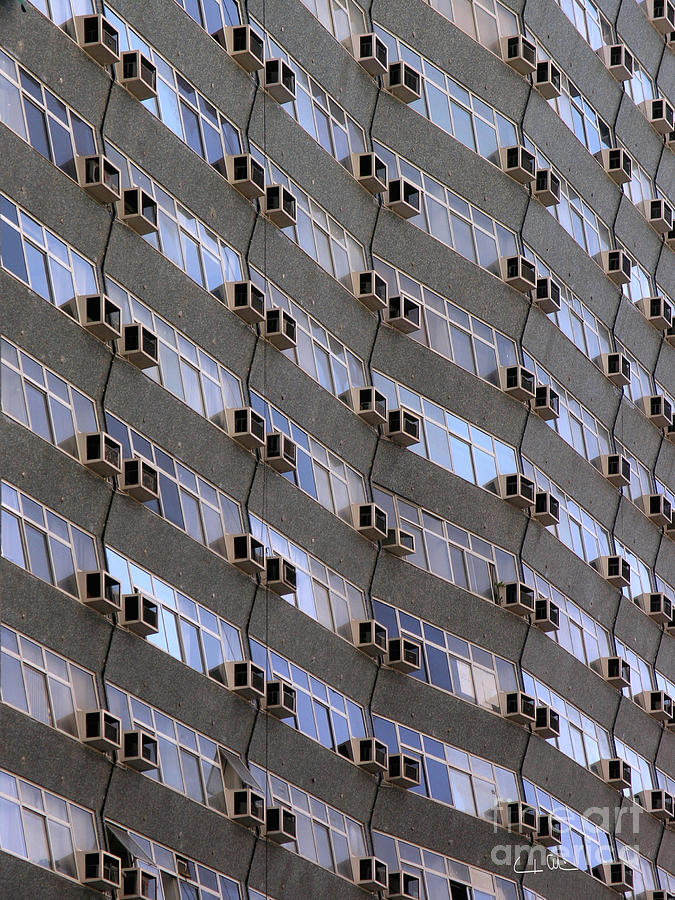 Building Photograph - Pattern O1 by Carlos Alvim