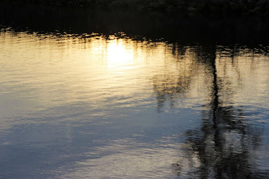 Peaceful Reflection Photograph