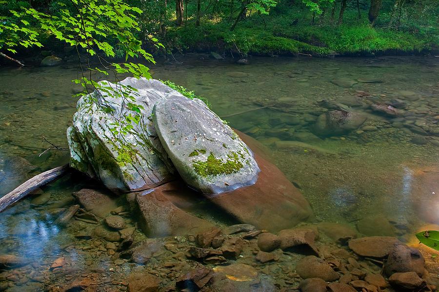 Smoky Mountain Photograph - Peaceful Transparency. by Itai Minovitz