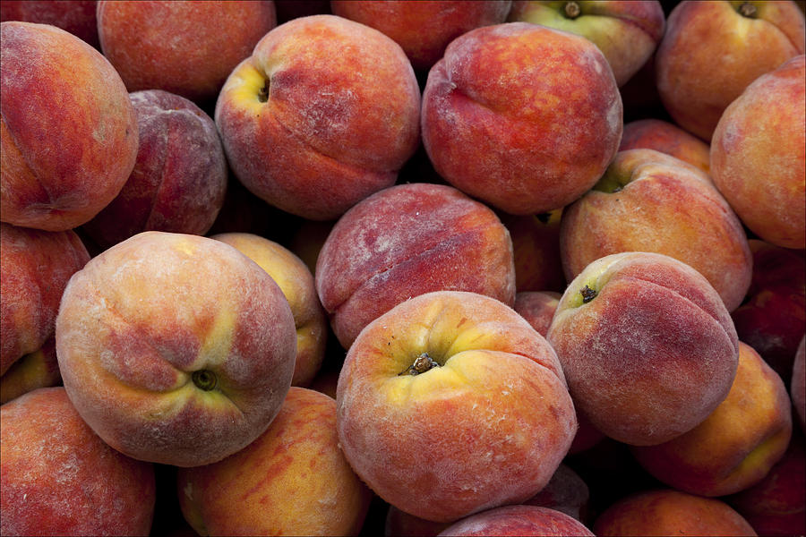 Peaches Photograph - Peaches 3 by Robert Ullmann