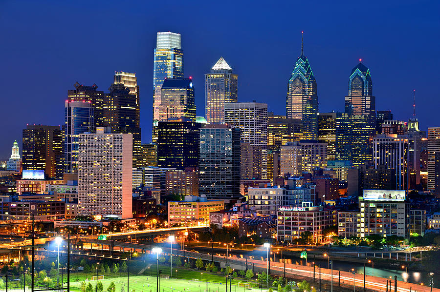 Philadelphia Skyline Photograph - Philadelphia Skyline At Night by Jon Holiday