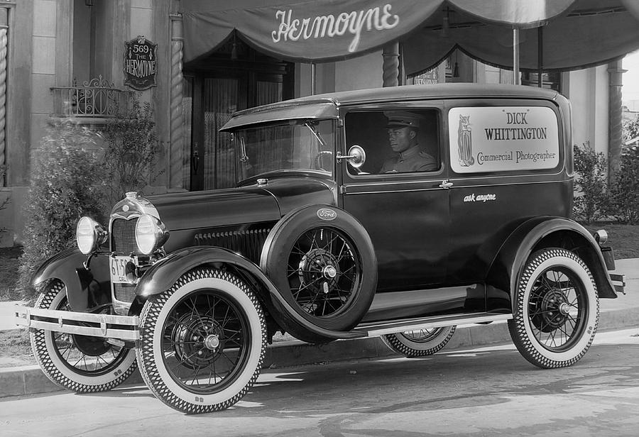 1920s Photograph - Photographers 1928 Truck by Underwood Archives