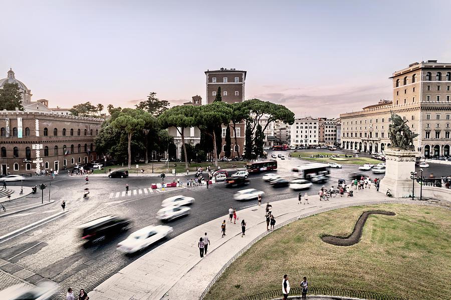 Photographs Photograph - Piazza Venezia, Rome by Ute Herzog