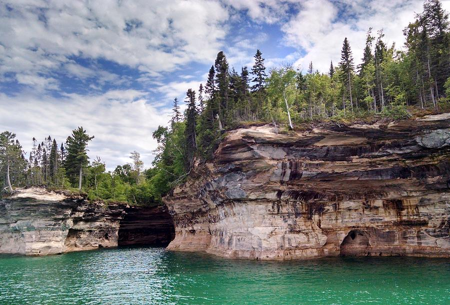 Pictured Rocks by Alan Casadei