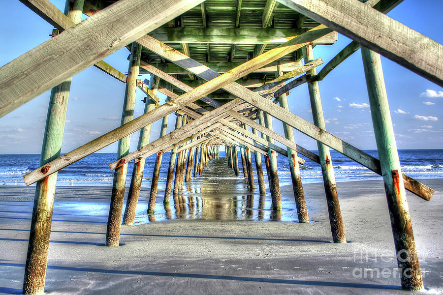 Pier by LR Photography