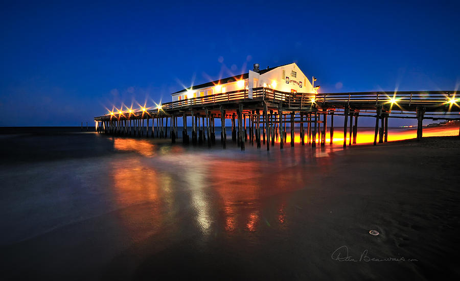 Pier Jewels 7884 Photograph