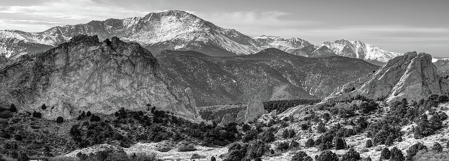 Pikes Peak Panorama , Garden Of The Gods , Colorado Springs , Black And  White